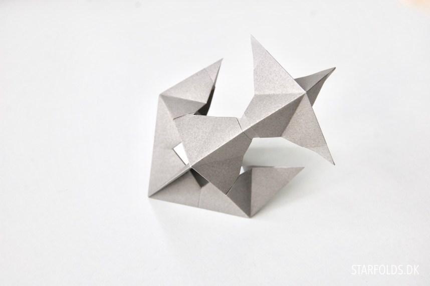 Sådan samler du de 6 moduler - Origamipynt