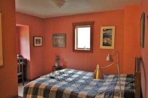 Starlight Llama Bed & Breakfast Pink Room