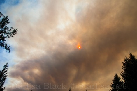 Smoke from the 36 Pitt Fire near Estacada, Oregon Sept. 2014