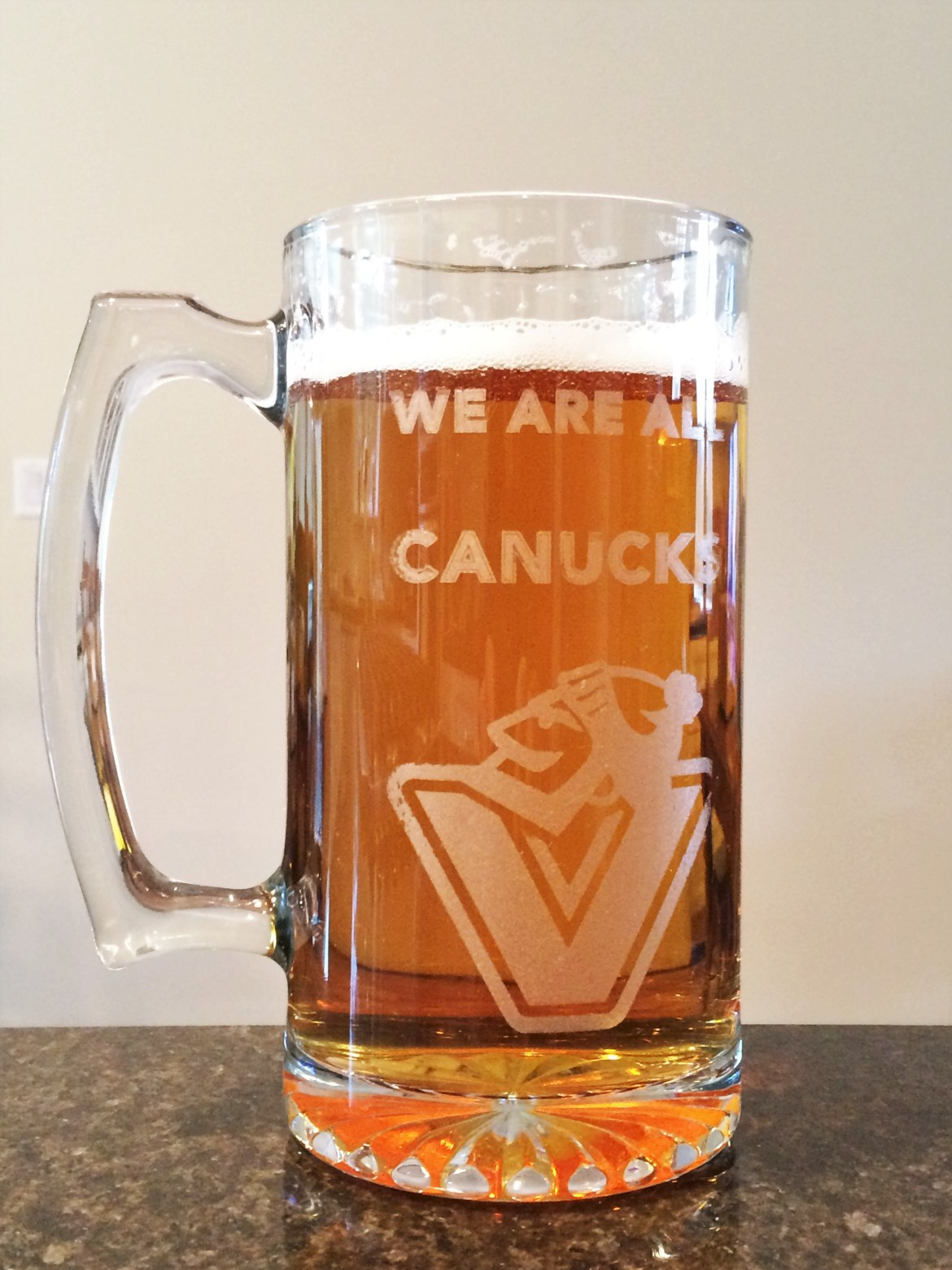 Engraved Canucks Glass Beer Mug