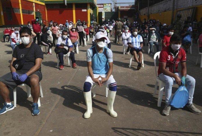 ढाका से कश्मीर लौटे 169 छात्र