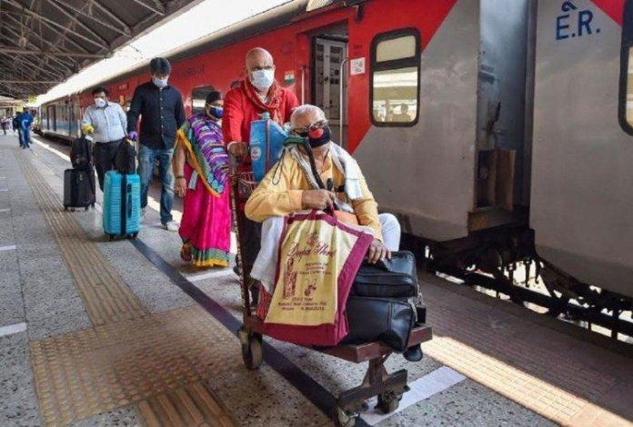 पुरानी दिल्ली रेलवे स्टेशन से चलेंगी अब विशेष श्रमिक ट्रेनें