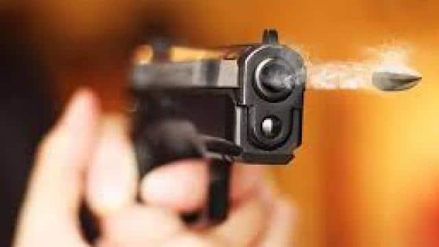 झांसी में बजरी डालने को लेकर चली गोली, लाइसेंसी रिवाल्वर से चचेरे भाई की गोली मारकर हत्या