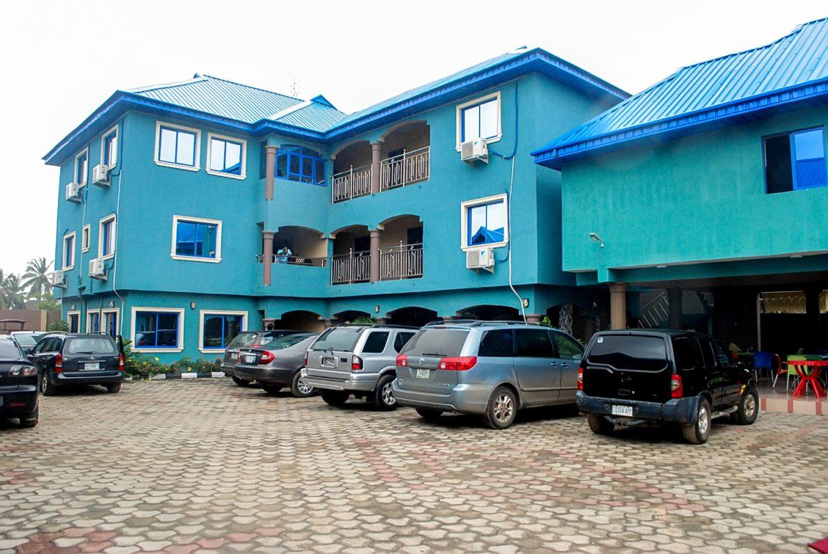 Star Rise Hotel Car Park