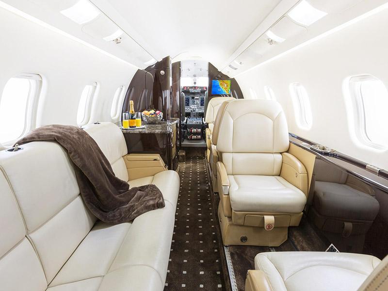 Bombardier Learjet 60 Private Jet Hire