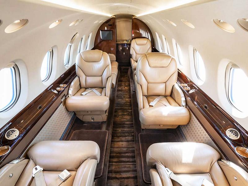 BAe Hawker 800 Jet Charter