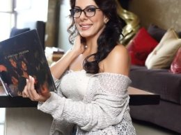 Pooja Bedi Height, Weight, Age, Affairs, Wiki & Facts