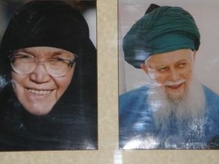 Pictures of Mawlana Shaykh and his wife, Hajja Anna