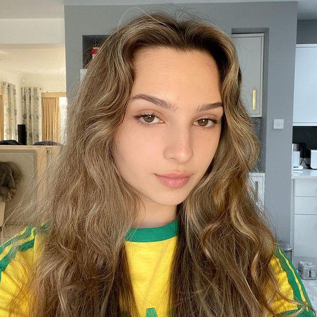 Luiza-Cordery-bio