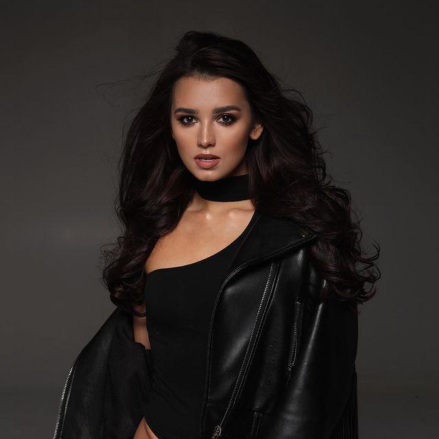 Daria-Zaritskaya-bio