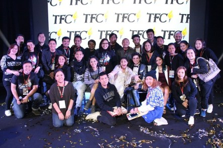 James Reid and Nadine Lustre with the TFC Europe, Middle East and Africa teams lead by Managing Director Kai V. Rodriguez at the Milan legMR