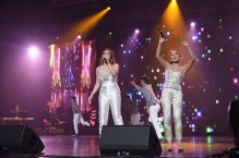 7. Angeline Quinto and Jona render a powerful duet of the inspiration hi...