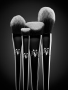 KVD_STILLLIFE_Brush_Group_RGB