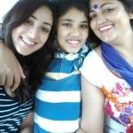 Yami Gautam with her mother and brother