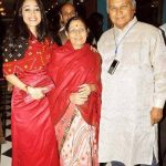 disha vakani with her parents