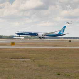 Boeing past productie aan na problemen met 787 Dreamliner