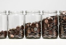 Why You Shouldn't Raise Money Too Early (Even If the Opportunity Comes Up)