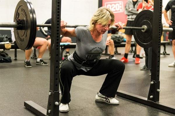 full squat bottom position