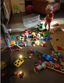toy-mess-2