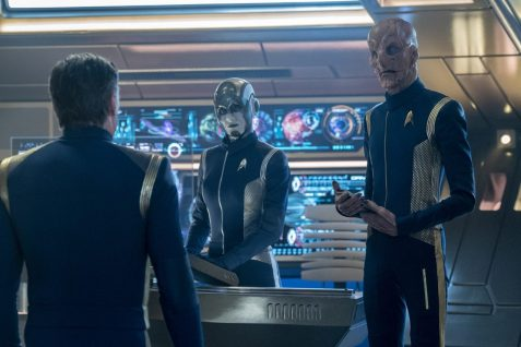 """If Memory Serves"" -- Ep#208 -- Pictured (l-r): Hannah Cheesman as Airiam 2.5; Doug Jones as Saru of the CBS All Access series STAR TREK: DISCOVERY. Photo Cr: Michael Gibson/CBS ©2018 CBS Interactive, Inc. All Rights Reserved."