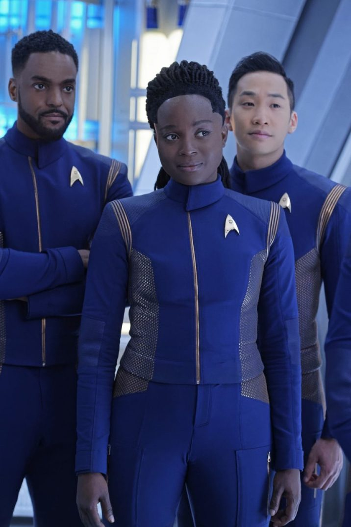 """Such Sweet Sorrow"" -- Ep#213 -- Pictured (l-r): Ronnie Rowe as Bryce; Oyin Oladejo as Owosekun; Patrick Kwok-Choon as Rhys; of the CBS All Access series STAR TREK: DISCOVERY. Photo Cr: Ben Mark Holzberg/CBS ©2018 CBS Interactive, Inc. All Rights Reserved."
