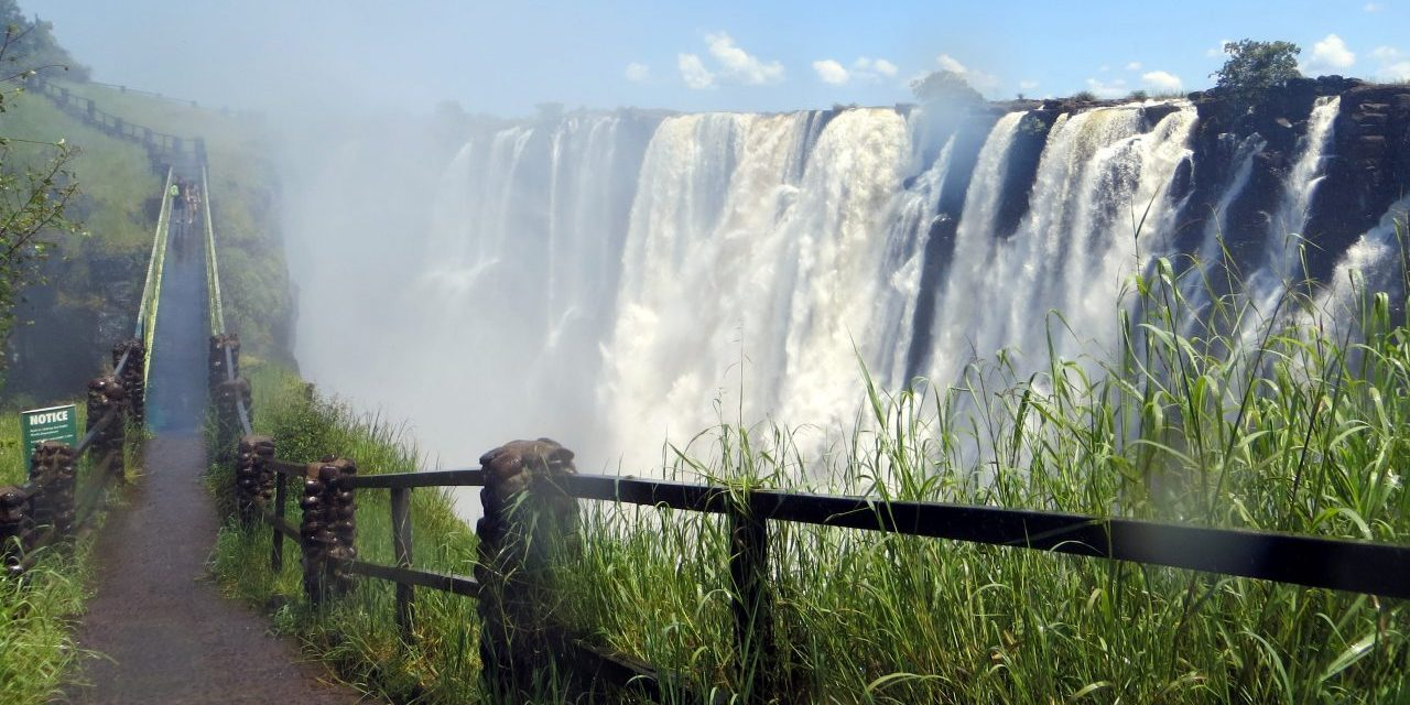 Starting a Tour Business In  Zimbabwe