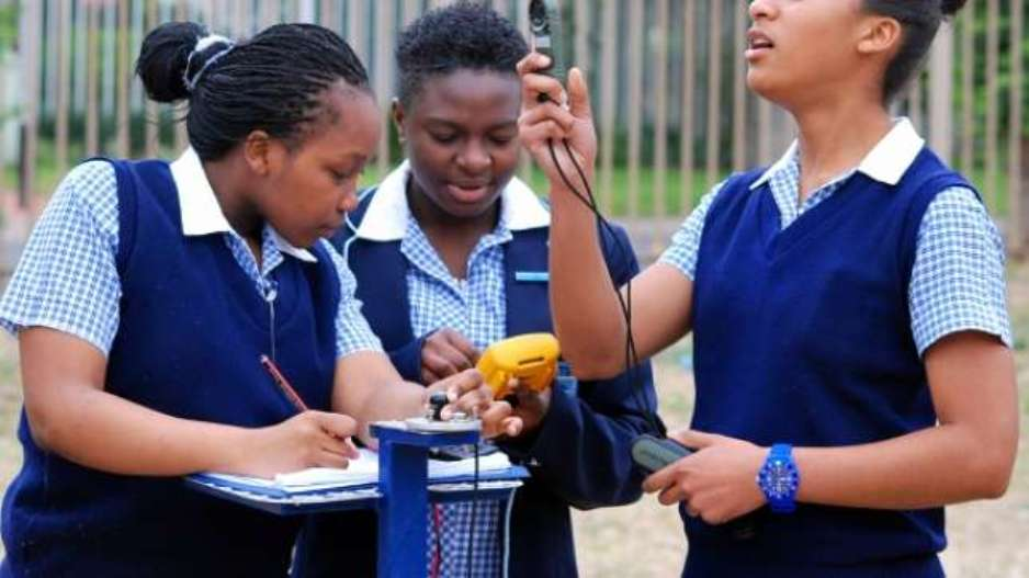 Should You Enrol Your Children At Expensive Schools?