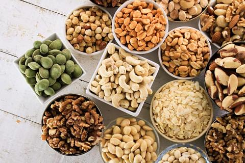 Ways to process nuts in Zimbabwe