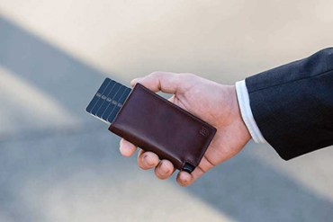 With Ekster Wallets, forget the fear of losing your wallet