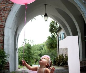 Put babe at the center of the attention with these 22 ideas for a first birthday…