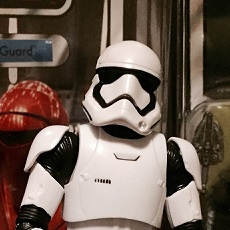 Black Series: The Force Awakens Stormtrooper – weitere Bilder