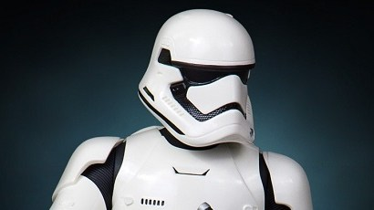 Gentle Giant First Order Stormtrooper Mini Bust präsentiert!
