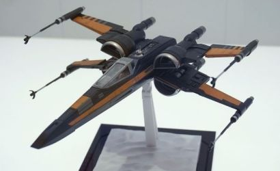Bandai Poe's X-Wing 1/72 Model Kit angekündigt