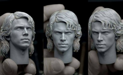 Headsculpt der Hot Toys Anakin Skywalker 1/6 Scale Figure im Detail