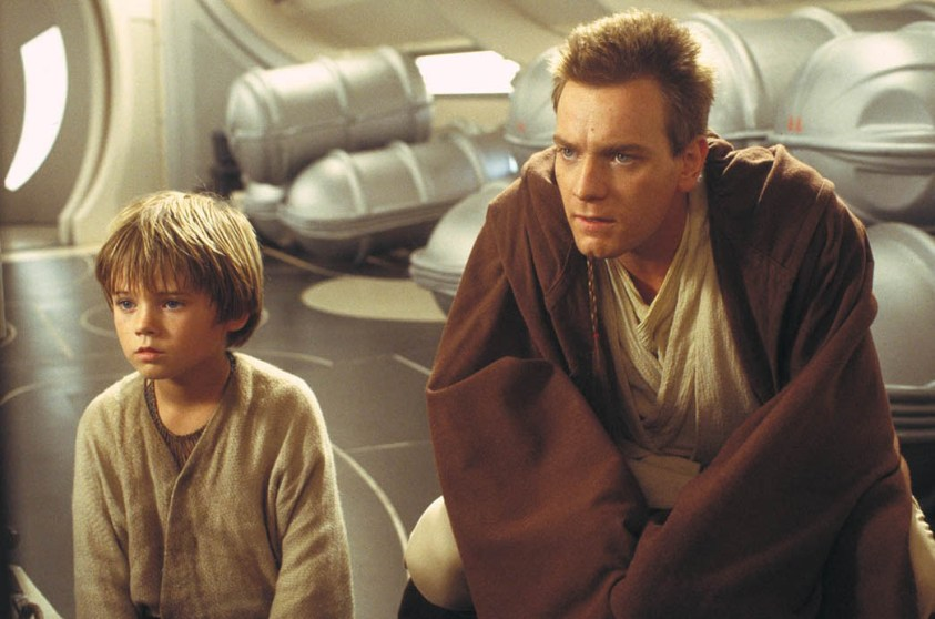 Anakin Skywalker (Jake Lloyd) and Obi-Wan Kenobi (Ewan McGregor).