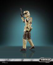 Teal_R1_TVC_Scarif-Trooper-2-832x1024