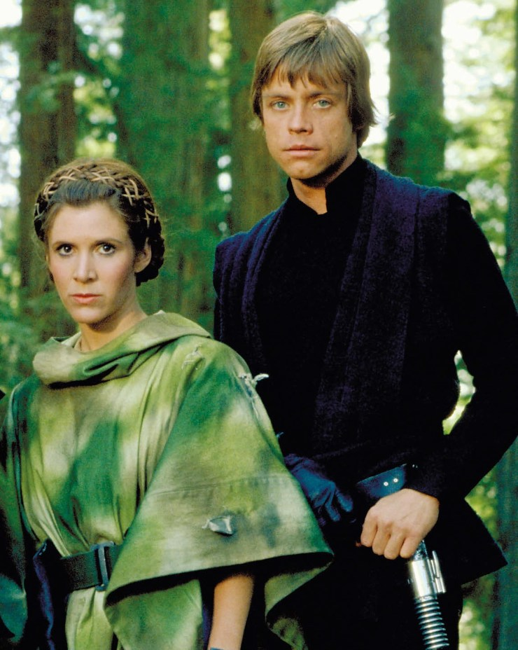 Star Wars Legends - Luke and Leia actors honored by Disney 1