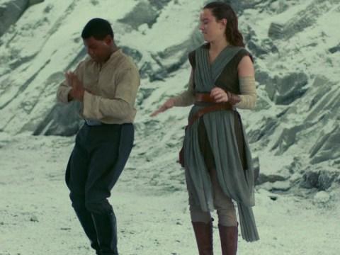 Finn y Rey estarán más juntos en el Episodio 9 de Star Wars según John Boyega