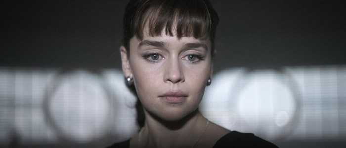 Emilia Clarke Talks Qi'Ra With Entertainment Weekly