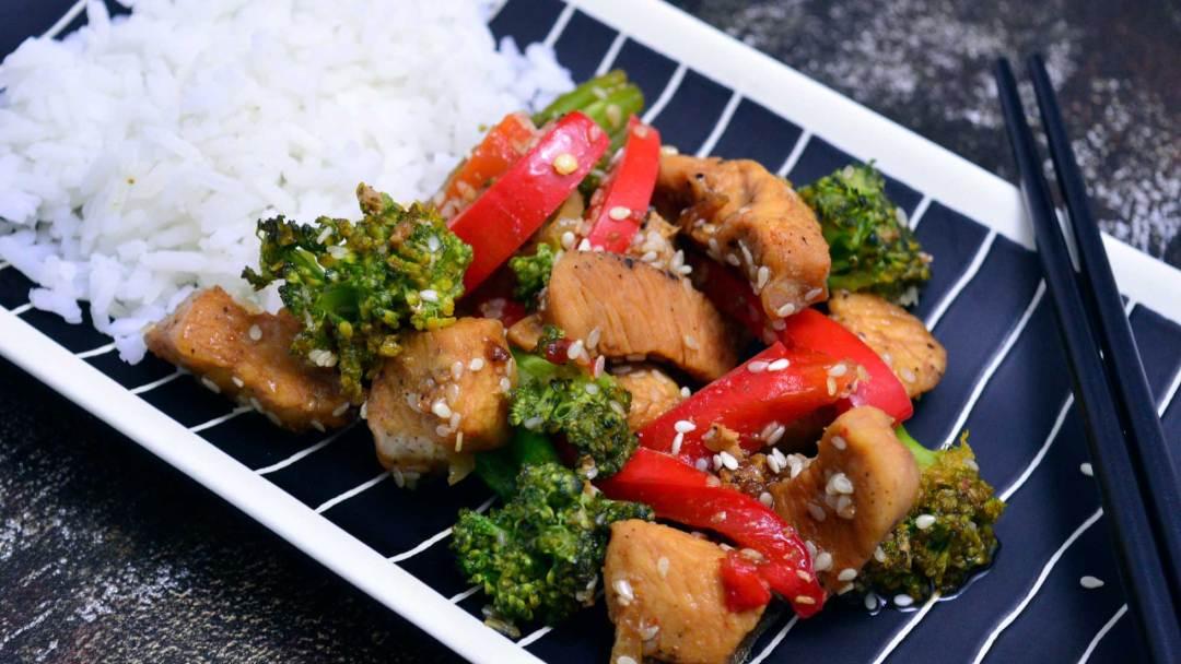orientalny kurczak teriyaki