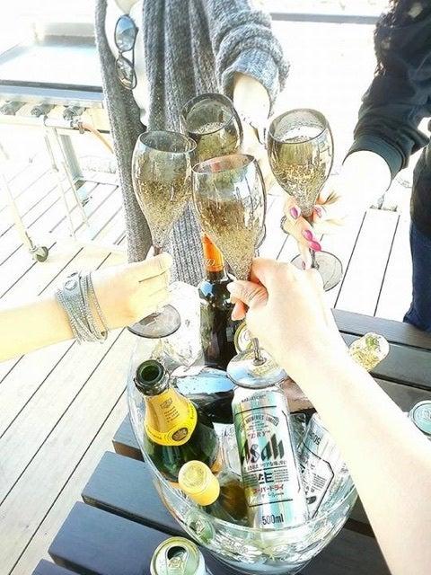 「バーベキュー シャンパン」の画像検索結果