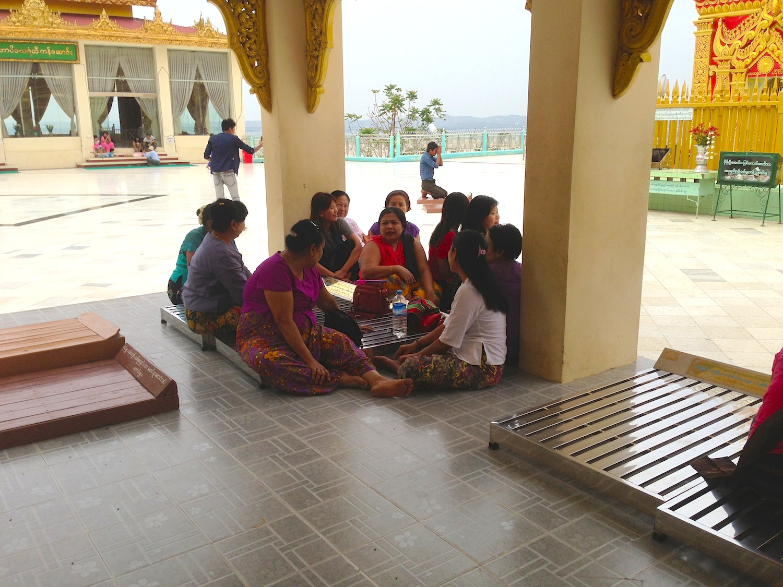 夫婦になる縁と,まわりの人たち。 | 仏のココロ 【ミャンマー ...