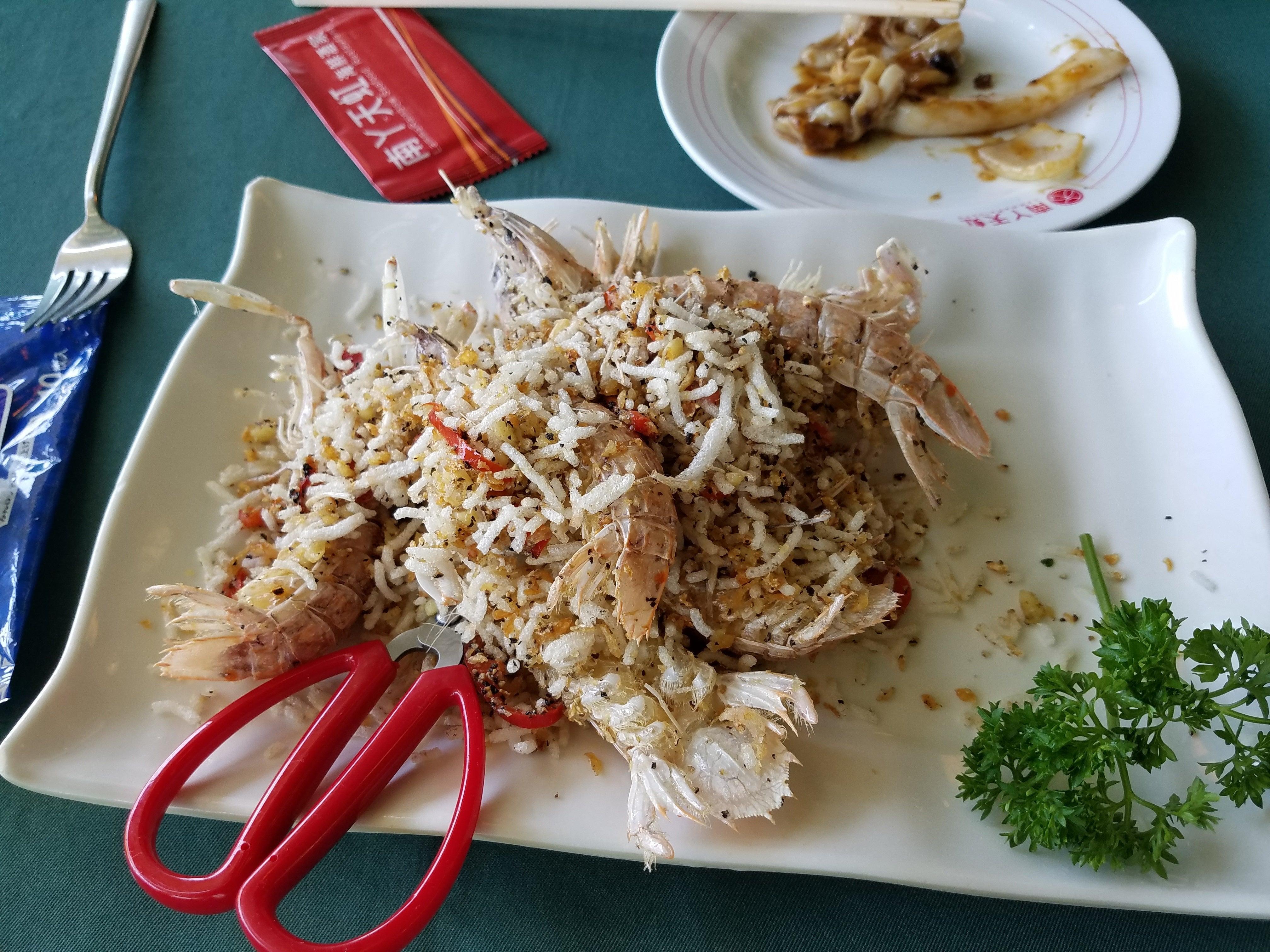 【香港】南Y島(ラマ島)で運動した後にたらふく食べる海鮮 | レマの『旅行に行きたい!』
