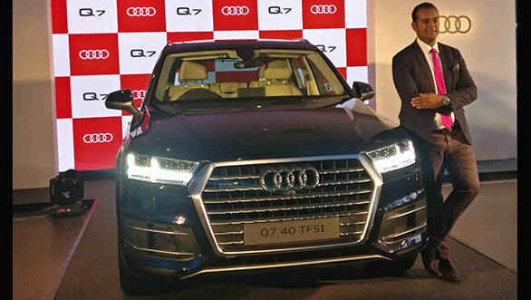 2017 Audi Q7 40 Tfsi Petrol Suv Launched In India At Rs