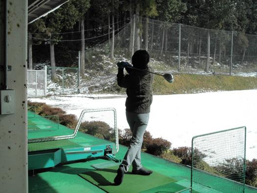 ★写真撮影会社ALIAの社長【Mark BLOG】-初ゴルフの打ちっ放し