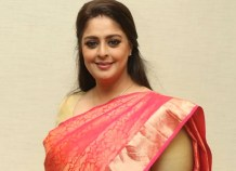 Nagma tests positive for COVID-19 days after taking first dose of vaccine : Bollywood News – Bollywood Hungama