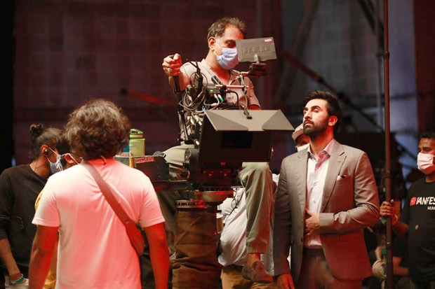 Check out BTS pictures from Ranbir Kapoor's latest advertisement for Netflix