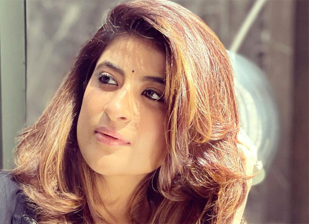 Tahira Kashyap speaks about her emotional breakdowns in these trying times, requests people to offer a silent prayer