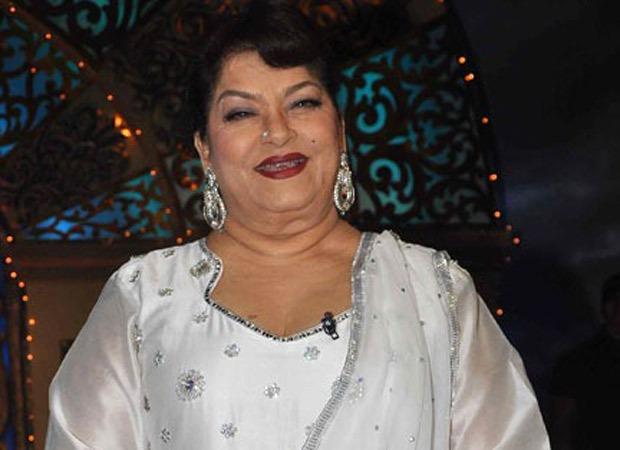 कोरियोग्राफर सरोज खान का कार्डिएक अरेस्ट के कारण निधन हो गया