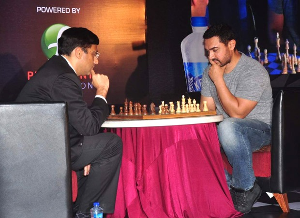 Aamir Khan to play a game of chess with Viswanathan Anand to raise funds amid Covid-19  : Bollywood News – Bollywood Hungama